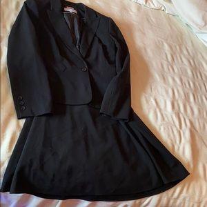 Calvin Klein ladies skirt and blazer set